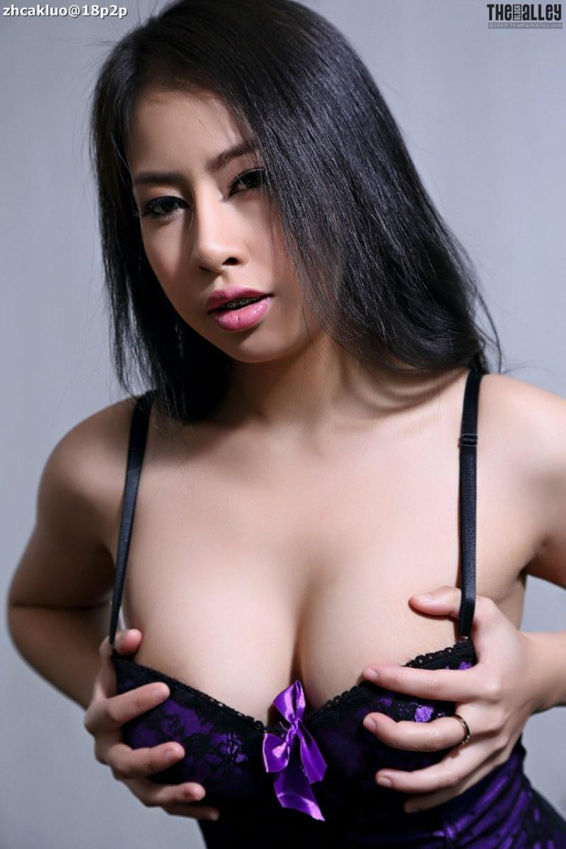 felicia-01-016