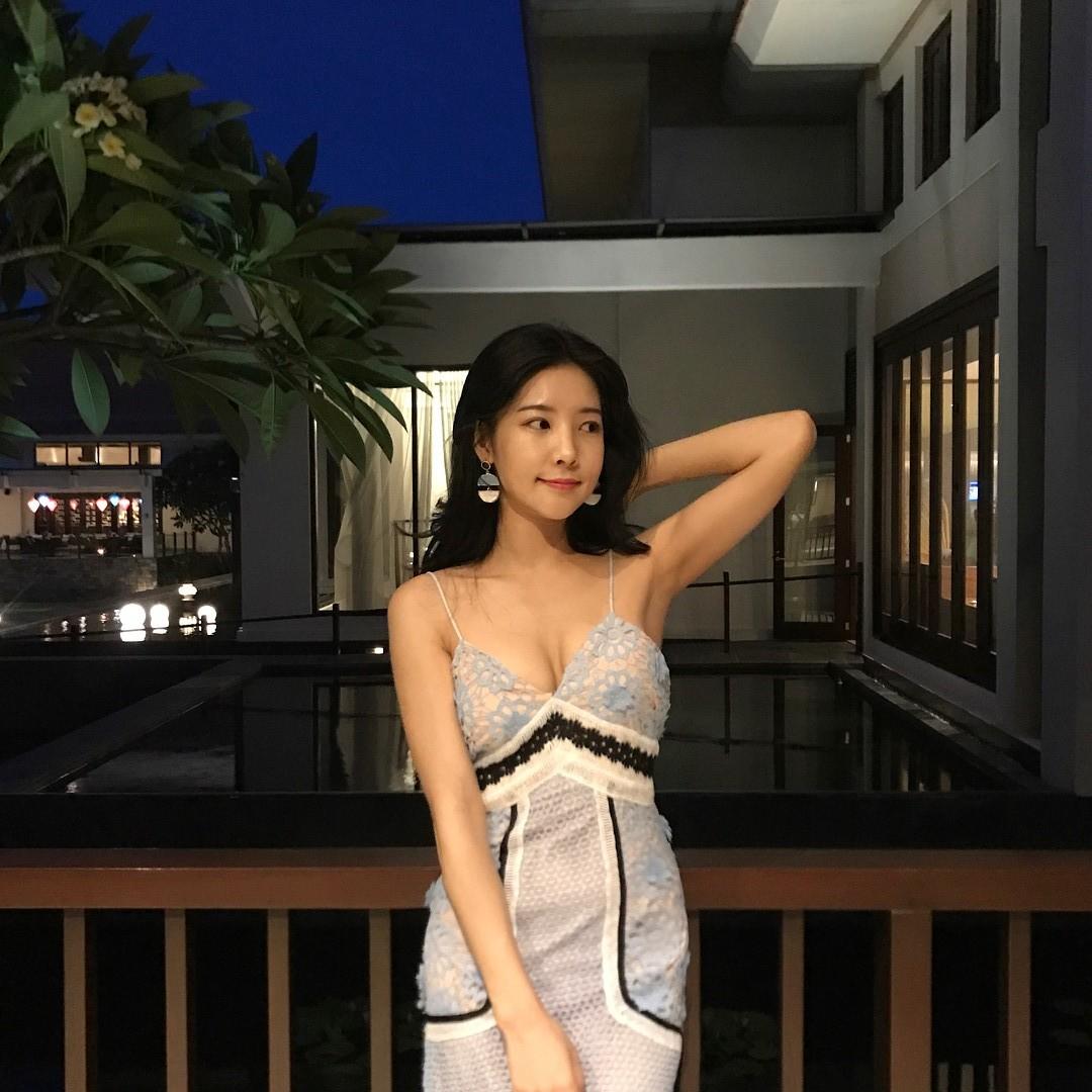 goeun.flower_29402502_979494838874568_1572369823210405888_n