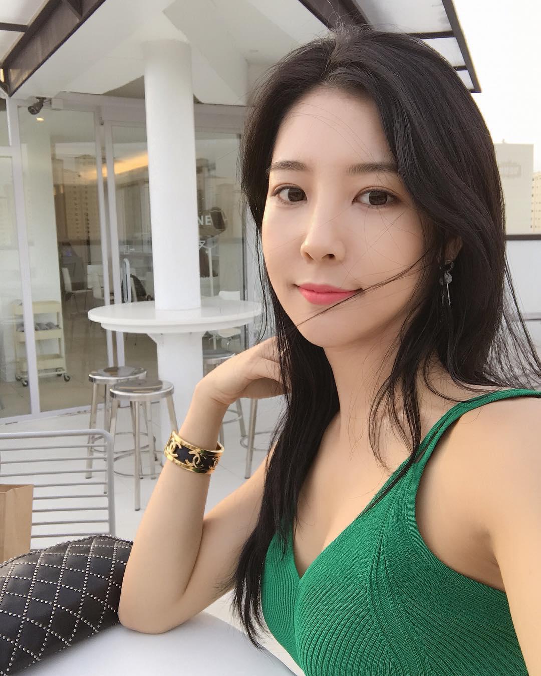 goeun.flower_29400682_168040053852621_4972209120896614400_n